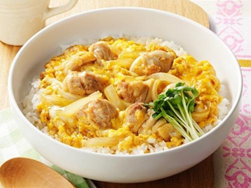สอนทำข้าวหน้าไก่สไตล์ญี่ปุ่น