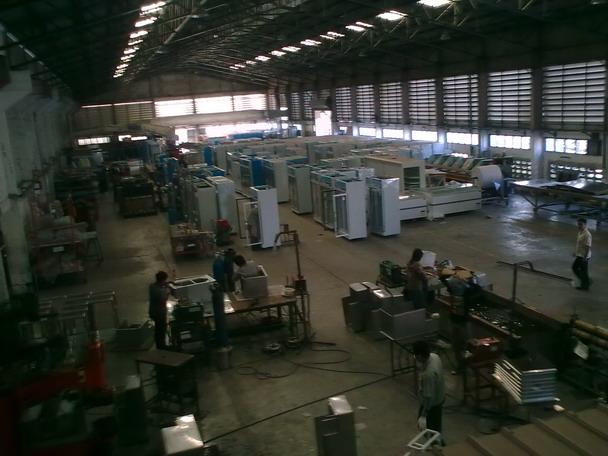 โรงงานผลิตตู้แช่