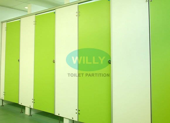 WILLY TOILET PARTITION for sale