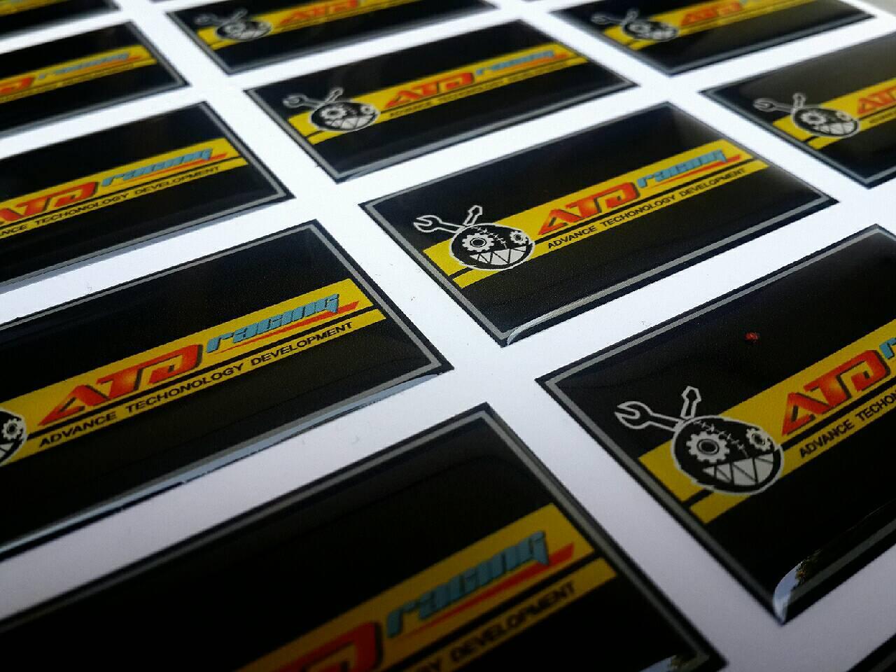 สติ๊กเกอร์เรซิ่น pvc พิมพ์ พื้นดำเหลือง