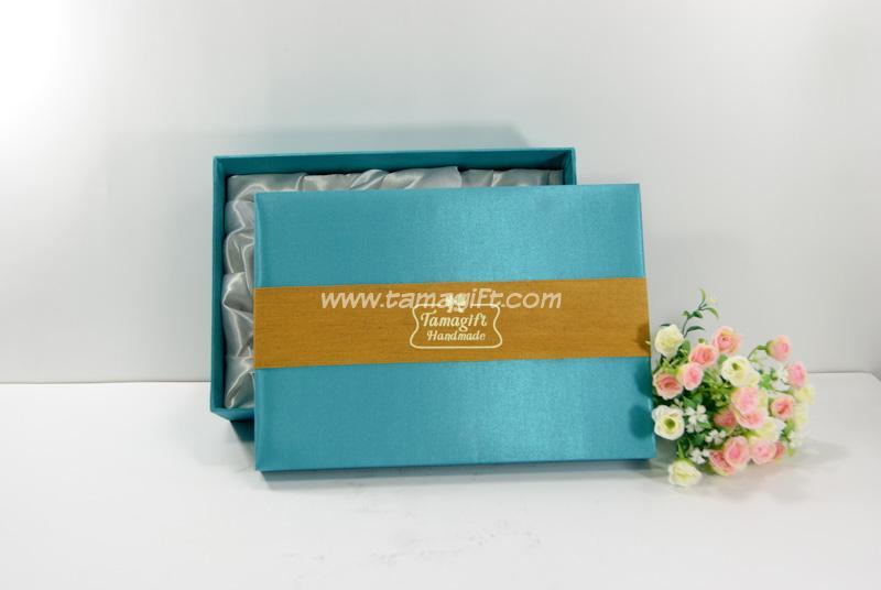 จำหน่ายกล่องผ้าไหม