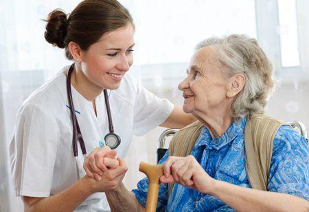 บริการคนดูแลเฝ้าไข้ผู้สูงอายุ