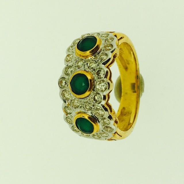 รับซื้อแหวนทองฝังเพชร
