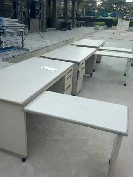 โต๊ะทำงานเหล็กตัวแอล