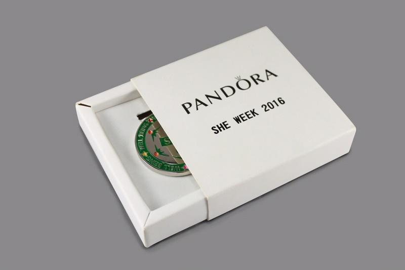 รับพิมพ์กล่องของขวัญ