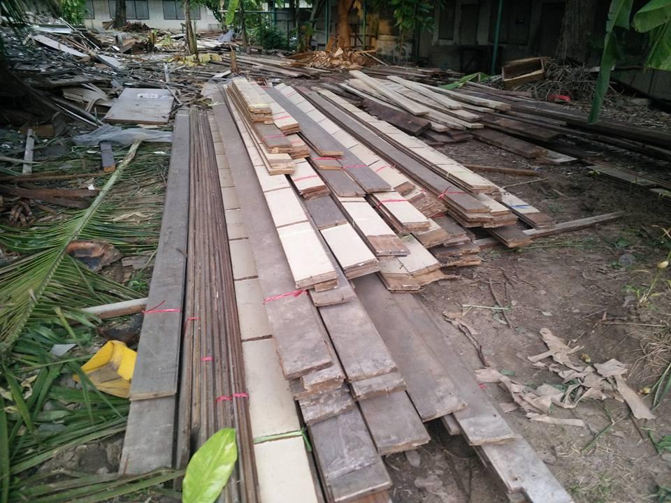จำหน่ายไม้สร้างบ้าน