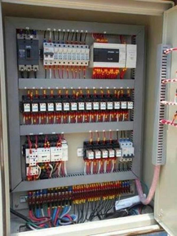 งานซ่อมแซมตู้คอนโทรล
