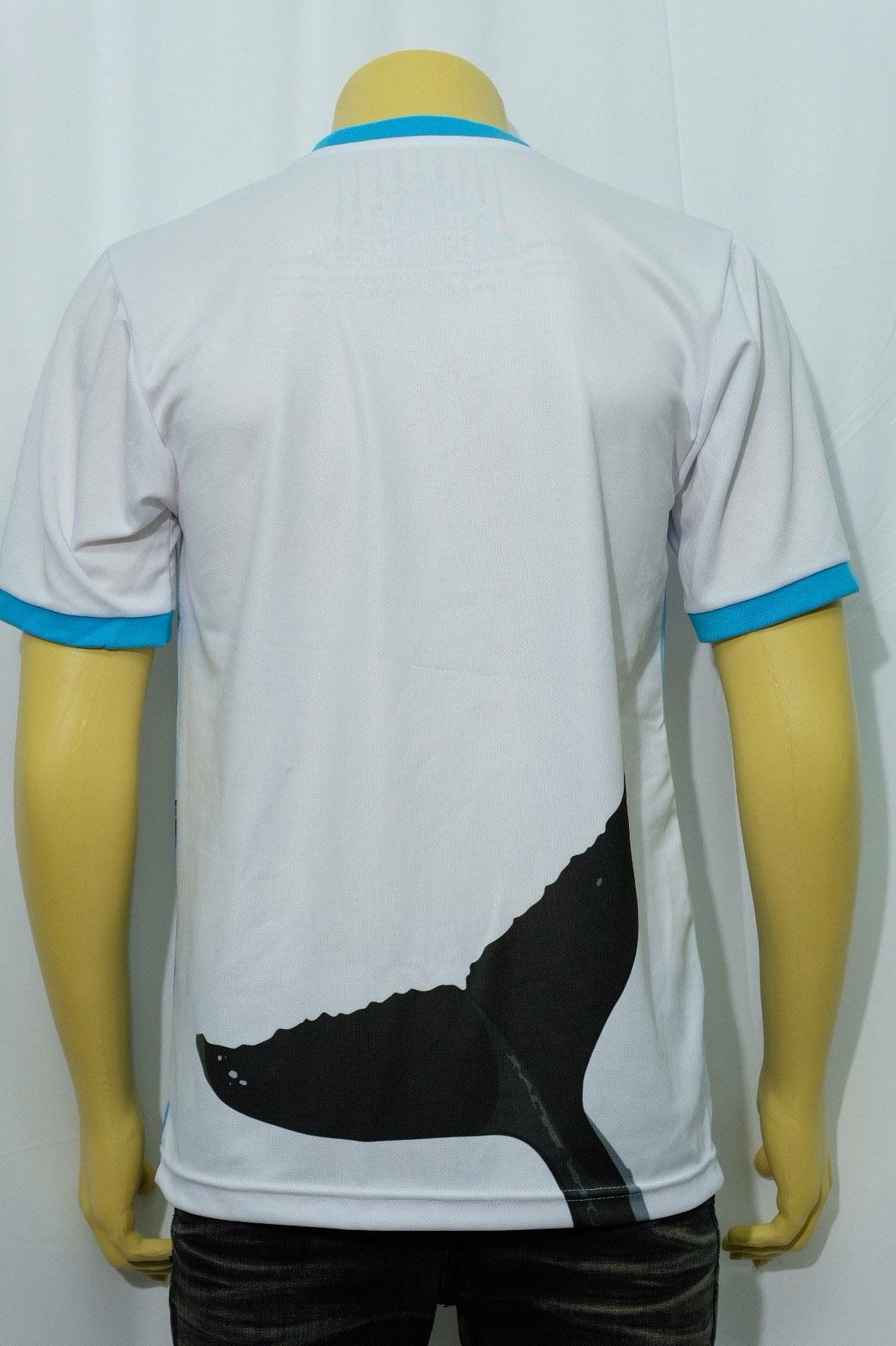 เสื้อยืดคอกลมสีขาว พร้อมสกรีนลาย