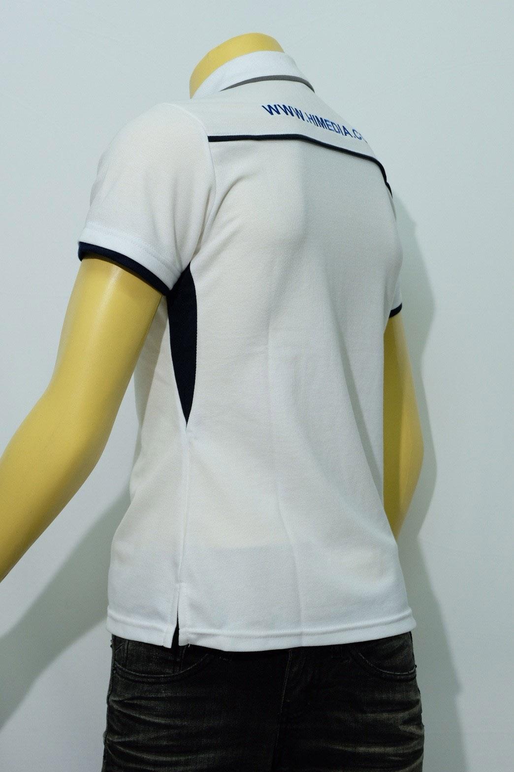 เสื้อโปโลสีขาว พร้อมปักลาย