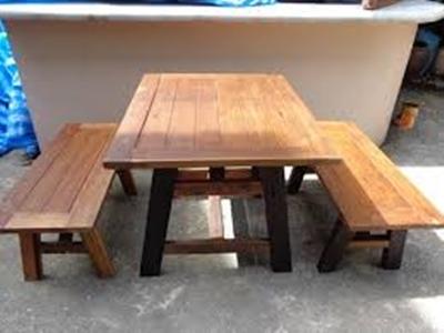 ชุดโต๊ะรับประทานอาหาร