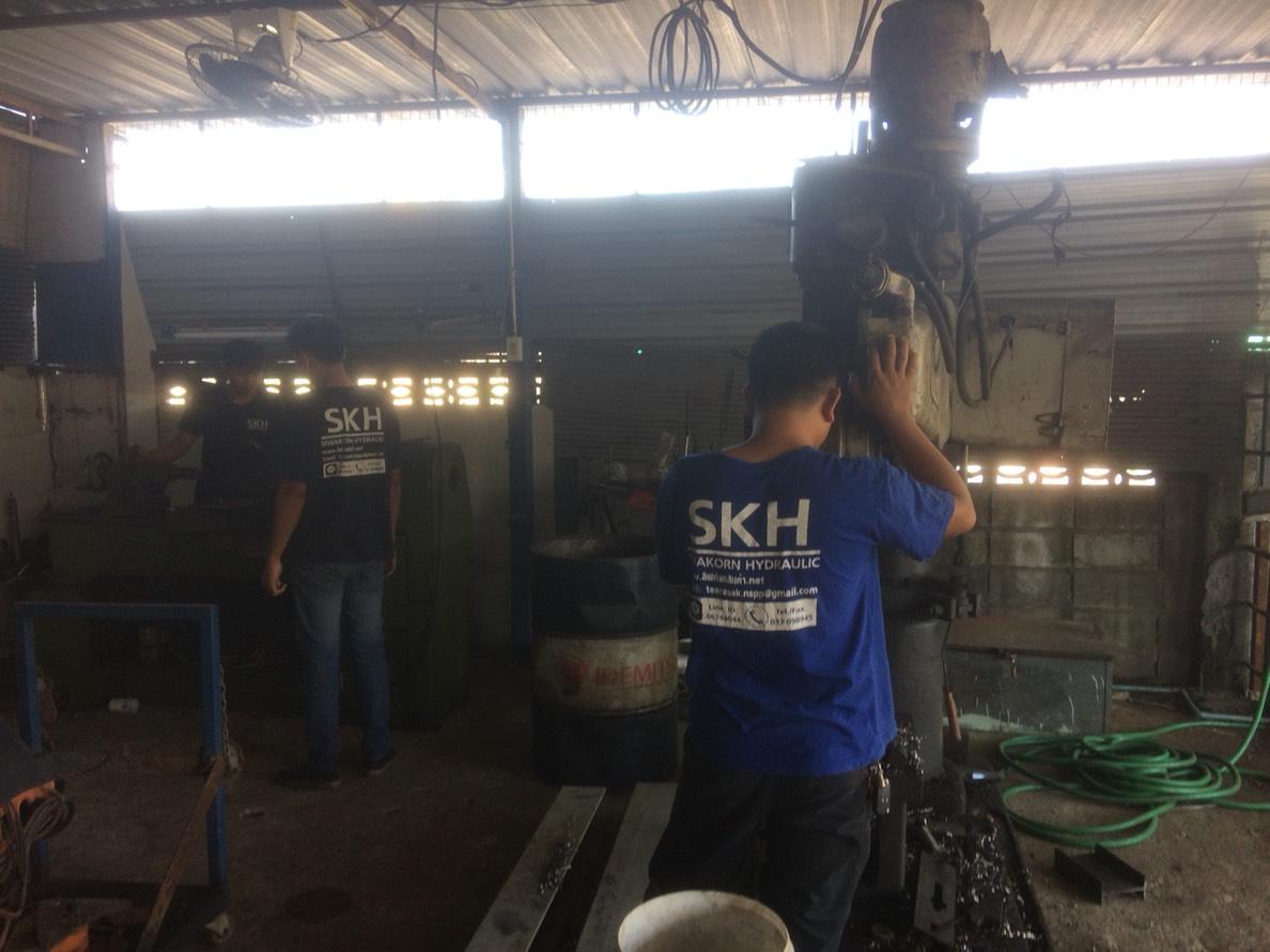 บริการซ่อมบำรุงรถยกของและเครื่องจักร