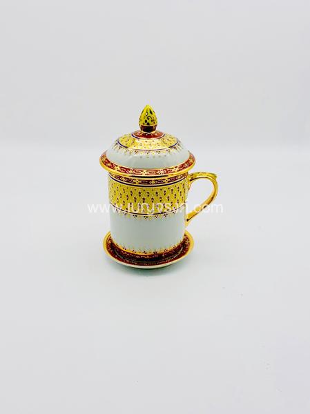 แก้วมัค ลายครึ่งใบเบญจรงค์ สีทอง