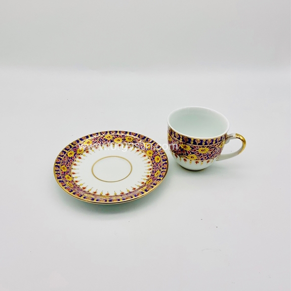 แก้วกาแฟ ลายครึ่งใบเบญจรงค์ สีชมพู (กลม)