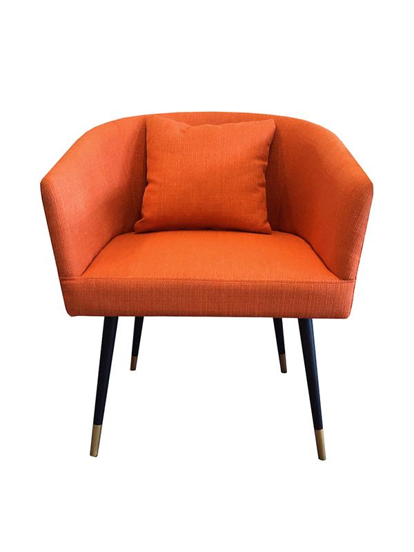 เก้าอี้อาร์มแชร์ขาไม้ รหัส CAW-47