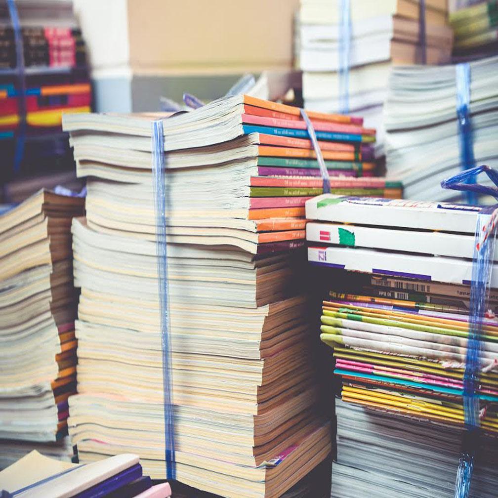 รับซื้อหนังสือเก่าเล่ม สมุดเก่า