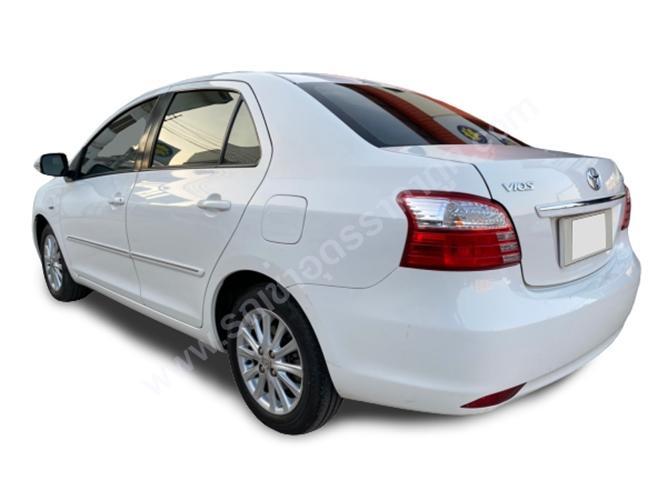 ให้เช่ารถ Toyota Vios (สีขาว)