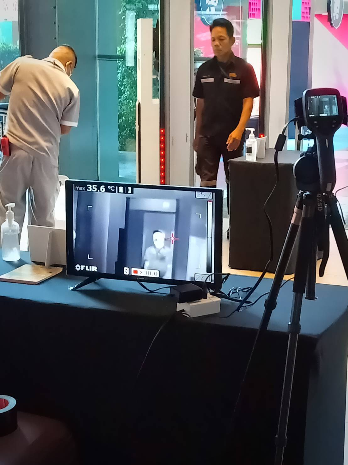 กล้องอินฟราเรด Infrared Camera FLIR E53