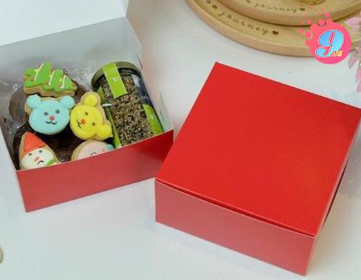 กล่องสแน็คเล็ก สีแดง