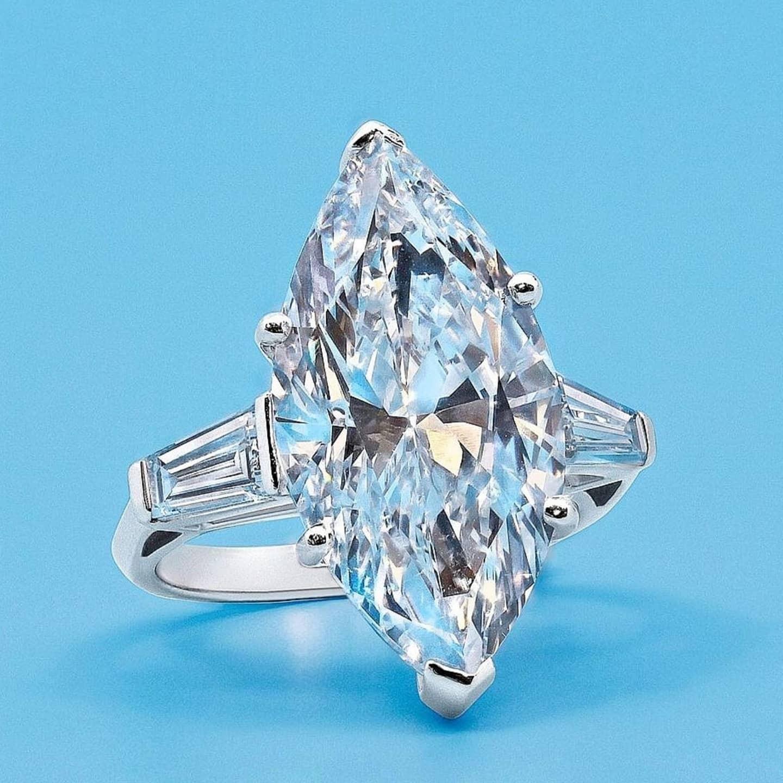 แหวนเพชร Marquise Shape