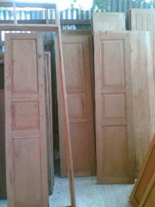 Made Antique Wooden Door