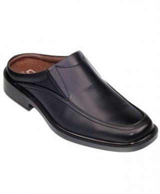 รองเท้าหนังเปิดส้นสีดำ รุ่น VICTORY