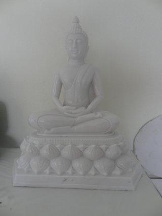 พระพุทธรูปปางสมาธิ หน้าตัก 9 นิ้ว แกะสลักจากหินอ่อน