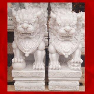 สิงโตปักกิ่งแกะสลักจากหินอ่อน ขนาดสูง 50 ซม.