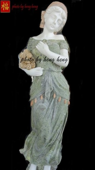 งานศิลปะผู้หญิง หินอ่อนแกะสลัก สูง 140 ซม.