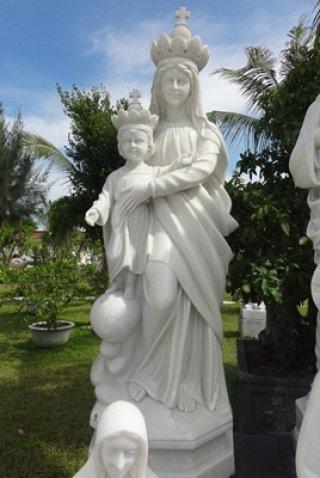 พระแม่มารีย์อุมพระเยซู สูง 1.50 เมตร