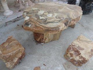 โต๊ะหินธรรมชาติ ลายไม้ + เก้าอี้ 4 ตัว