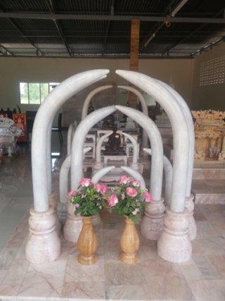 งาช้างคู่หินอ่อน สูง 100 ซม.