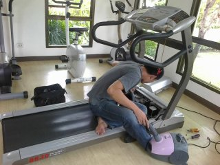 ซ่อมเครื่องออกกำลังกายชลบุรี