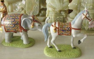 ช้างม้า ขนาดกลาง สูง 12 ซม. กว้าง 9 ซม. คู่