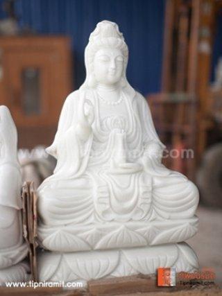 เจ้าแม่กวนอิมหินหยกขาว ปางประทับนั่งบนฐานดอกบัว 62cm