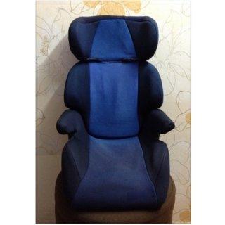 คาร์ซีท combi รุ่น Booster Seat สีน้ำเงิน