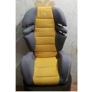 บูสเตอร์ซีท Ailebebe สีเหลือง