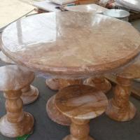 โต๊ะหินอ่อนสีชมพูลายทอง ขนาด 110x80 ซม.