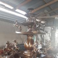 น้ำพุม้าทอง สูง 1.50 เมตร