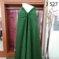 ผ้าไหมลายโบราณ ลายกะแอะกะแซร์ สีเขียว ลายแปลกๆ 4 ม.