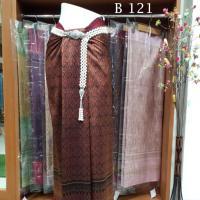 ผ้าไหมทอยกดอก พริกไทย ลายใบไม้เล็ก สีเม็ดมะขาม เหลือบทอง