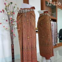 ผ้าไหมทอยก พริกไทย 6 ตะกอ ลายฉัตร ย้อมสีธรรมชาติ หมักโคลน