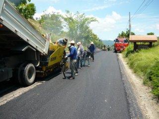 รับเหมาก่อสร้างถนน