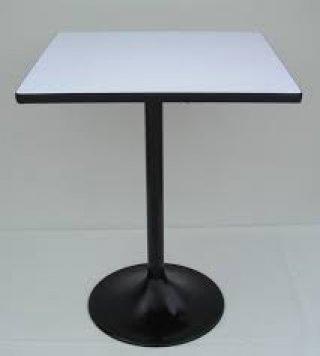 โต๊ะอาหารหน้าโฟเมก้าขาว ขาแชมเปญพ่นดำ