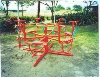 เครื่องเล่นสนามเด็ก ม้าหมุน 6 ที่