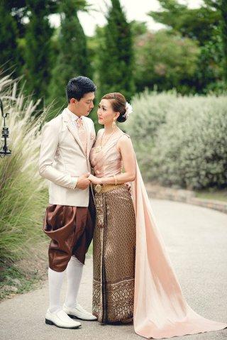 ชุดแต่งงานให้เช่า