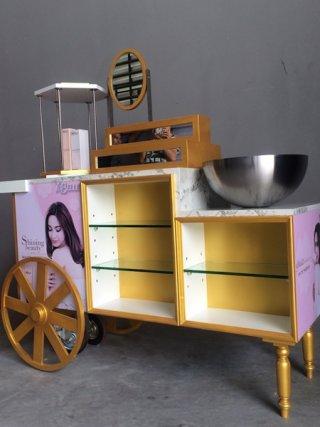 รับออกแบบร้านKios Yobelle Shop