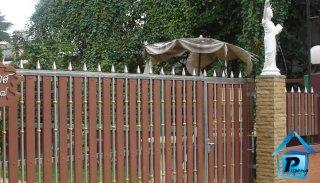 รับผลิตประตูรั้วสแตนเลสลายไม้