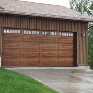 ประตูโรงรถ Riverstone