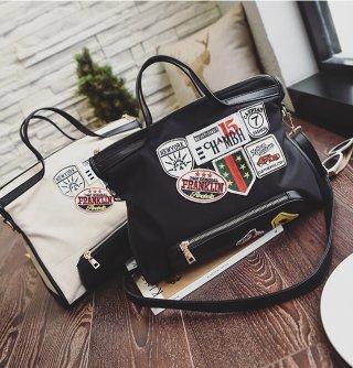กระเป๋าถือดีไซน์หูหิ้วเก๋ K-006
