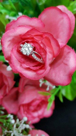 แหวนเพชรชูเม็ดเดี่ยว DRG 10137